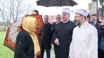 ŞEHIT - Diyanet İşleri Başkanı Erbaş, Murad Hüdavendigar Türbesini Ziyaret Etti