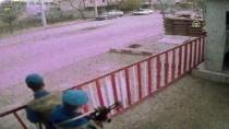 PARA CEZASI - Jandarma Önünde 'Drift' Yapan Sürücüye 5 Bin 10 Lira Ceza
