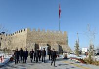 GAZI MUSTAFA KEMAL - Kale Ve Civarı Erzurum'un Sultanahmet Meydanı Olacak
