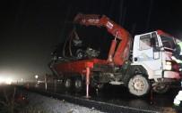 DİREKSİYON - Kazada Ölen 5 Yaşındaki Kız Toprağa Verildi
