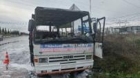 KARAVAN - Kursiyerlerin Isınması İçin Kurulan Soba, Otobüsü Yaktı