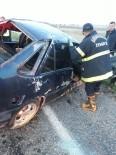 DİREKSİYON - Nurdağı'nda Kaza Açıklaması 2 Yaralı