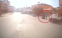 TRAFIK KAZASı - (Özel) Halk Otobüsü Sürücüsü Engelli Çocuk İçin Güzergahını Değiştirdi