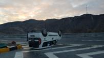 TAHKİKAT - Tosya'da Trafik Kazası Açıklaması 2 Yaralı