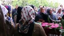 KARAHAYıT - Trafik Kazasında Ölen Genç Psikolog Son Yolculuğuna Uğurlandı