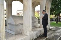 ALINUR AKTAŞ - Aktaş'tan Mevlit Kandilinde Süleyman Çelebi'nin Kabrine Ziyaret