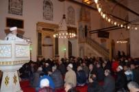 BALıKESIR ÜNIVERSITESI - Balıkesir'de Mevlit Kandili'nde Camiler Doldu Taştı