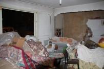 TAHKİKAT - Evde Doğal Gaz Patlaması Açıklaması 3 Yaralı