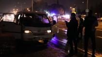 KONTROL NOKTASI - İzmir'de Trafik Kazası