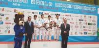 TOKYO - Kağıtsporlu Zeynep Dünya Şampiyonu Oldu