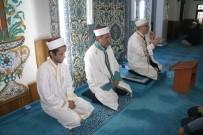 Kur'an-I Kerim Tilavetine Vatandaşlardan Yoğun İlgi
