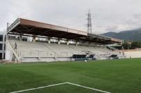 MALZEME DEPOSU - Manisa'ya Modern Bir Spor Tesisi Daha