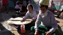AHMET YESEVI - Öğrenciler Türkiye'nin Kültürel Renklerini Okullarında Tanıttı
