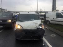 TİCARİ ARAÇ - (Özel) Trafikteki Bir Anlık Kararsızlık Kazaya Yol Açtı Açıklaması 3 Yaralı