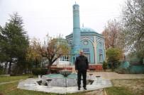 ÖMER TORAMAN - Vali, Çinili Camii'ne Hayran Kaldı