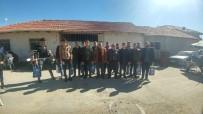 Başkan Güven Asker Adaylarına Hediyeler Verdi