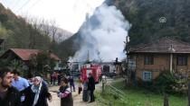 AHŞAP EV - Düzce'de Ev Yangını