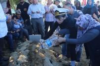 DÜĞÜN HAZIRLIĞI - İzmir'de İntihar Eden Teğmen Manavgat'ta Defnedildi