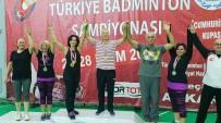 BADMINTON - Spor Bilimleri Fakültesi'nin Hocaları Badminton Şampiyonu