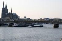 FERİBOT SEFERLERİ - Almanya'da Su Seviyesi Düştü, Feribot Seferleri Durdu