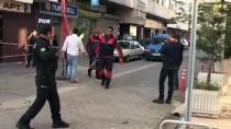 MEHMET ÇELIK - Bina Dış Cephesinde Mahsur Kaldılar