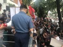 FILIPINLER - Çin Devlet Başkanı Xi, Filipinlerde Protesto Edildi