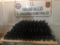 TAHKİKAT - Hakkari'de 339 Adet Kurusıkı Tabanca Ele Geçirildi