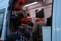 ÖĞRENCİ SERVİSİ - Kayseri'de Tramvay Öğrenci Servisine Çarptı Açıklaması 6 Yaralı