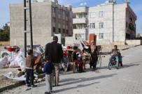 ALLAH - Kış Günü 6 Kişilik Aile Eşyalarıyla Birlikte Sokağa Atıldı