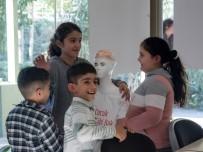 MÜLTECI - Mülteci Çocuklar, 'Çocuk Gibi Bak' Projesiyle Topluma Kazandırılacak