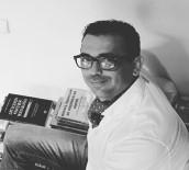 BELLEK - Yazar Hırsızların Hedefi Oldu Açıklaması O Anlar Kamerada