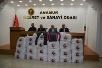 Anamur'da 210 Öğrenciye Eşofman Dağıtıldı