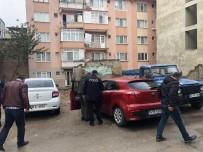 ALACAK VERECEK MESELESİ - Bursa'daki Cinayet Anı Güvenlik Kamerasına Anbean Yansıdı