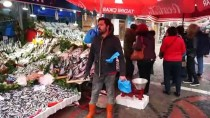 BALIK SEZONU - Çinekop Bolluğu Ucuzluk Getirdi