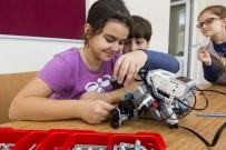 MICROSOFT - Eyüpsultanlı Çocuklar Kendi Robotlarını Üretiyor