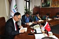 Öğrenciler Başkan Türkmen'le Birlikte Kitap Okudu