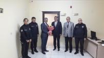 KARAOĞLAN - Polisler 24 Kasım Öğretmenler Gününü Kutladı