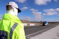 MANKEN - Trafikte 'Mankenli' Önlem