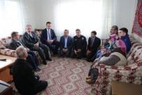 ŞEHİT BABASI - Vali, Dumlupınar Ve Altıntaş'ta Şehit Ailelerini Ziyaret Etti