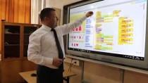 YABANCI ÖĞRENCİLER - Burdur'da Yabancı Öğrenciler Dijital Kodlama Öğrendi