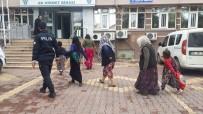 ÇALIŞAN KADIN - Hırsızlık Şüphelisi 5 Kadın Gözaltına Alındı