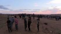 ROKET SALDIRISI - İsrail Askerleri Gazze Sınırında 12 Filistinliyi Yaraladı