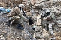 UZMAN JANDARMA - Jandarmadan Teröristlerin Kış Üslenmesine Büyük Darbe