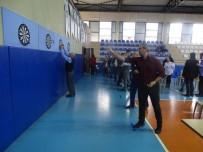 ŞEREF AYDıN - Öğretmenler Dart Attı