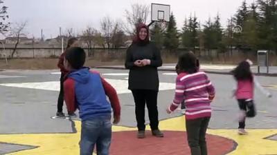 Okul Bahçesinde Eğlenerek Öğreniyorlar