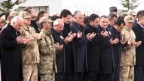 PEYAMİ BATTAL - Şehit Askerin Cenazesi Memleketine Uğurlandı
