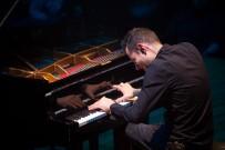 MİCHAEL JACKSON - Usain Bolt Gibi Hızlı Rekortmen Piyanist, Türkiye'deki İlk Konserini Verdi