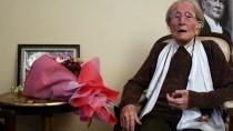 103 Yaşındaki Emekli Öğretmene Anlamlı Ziyaret