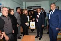 KIRMIZI GÜL - Başkan Hasan Arslan Öğretmenleri Kutladı