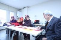 FOTOĞRAFÇILIK - Başkan Karaosmanoğlu KO-MEK Kursiyerleriyle Buluştu